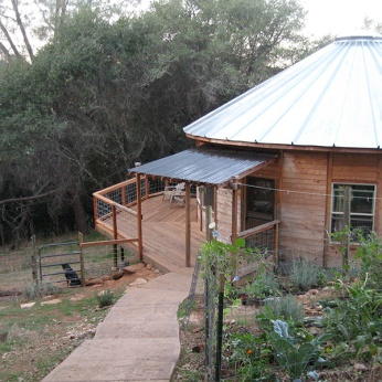 35'-YURT-FINISHED-ENTRY-GARDEN