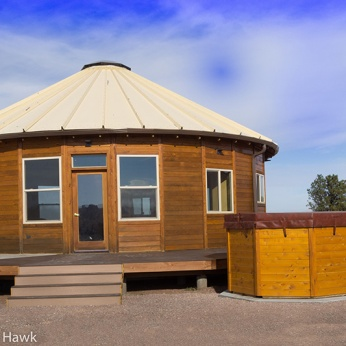 35'-YURT-HOME-ROUND-HOT-TUB
